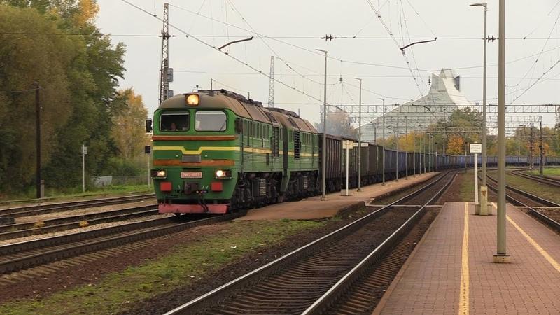 Тепловоз 2М62 1003 на ст Торнякалнс 2M62 1003 at Tornakalns station