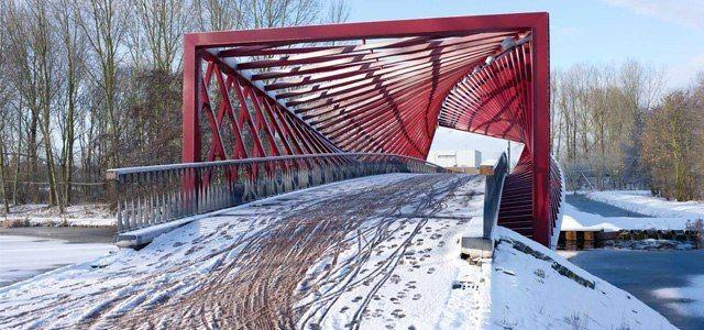 BRIDGE VLAARDINGSE VAART by   West 8 Architects