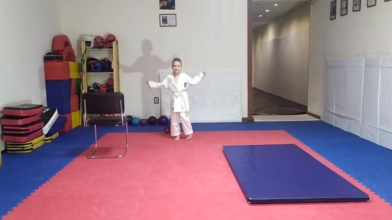 Новожилов Серафим ДЦП. Разминка. Athlete with cerebral palsy. Warmup.