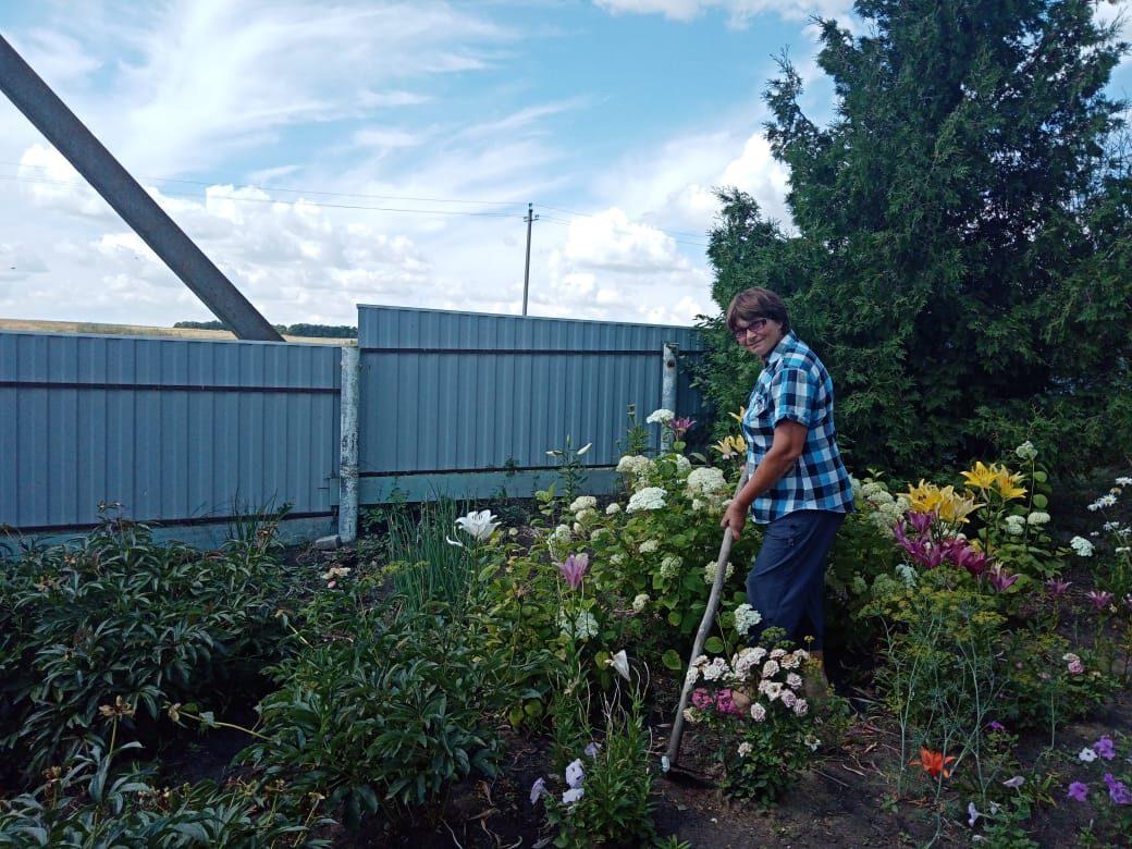 Жители села Грачёвка стали участниками виртуальной фотовыставки, посвящённой Дню дачника