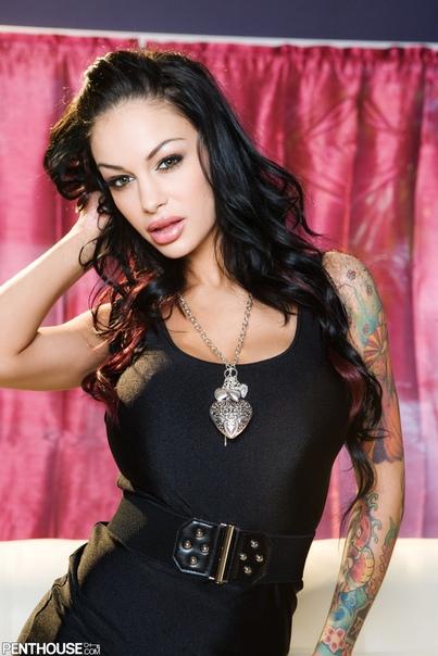 Angelina Valentine Bio