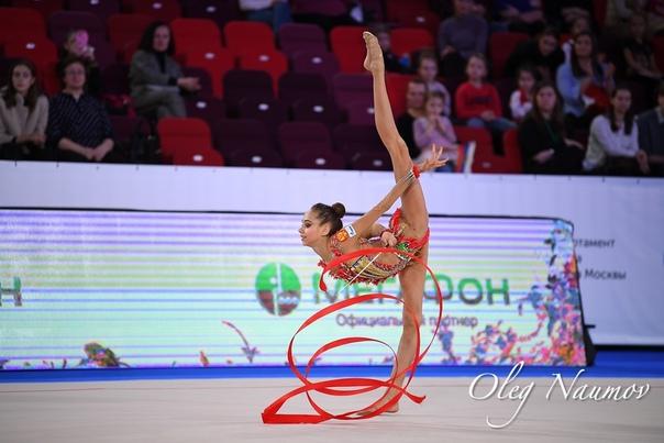 Пожелание удачи в художественной гимнастике помощью нее