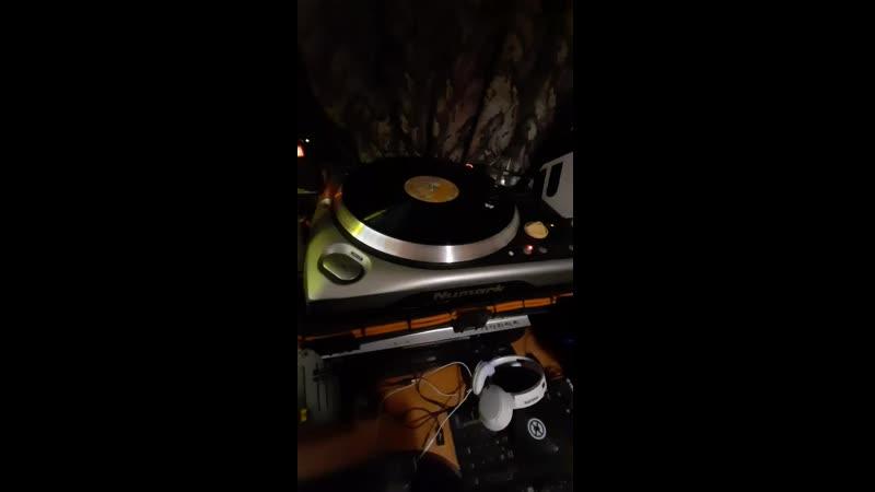 у Рёгиса охуенный звук 3