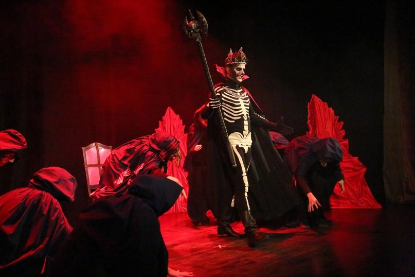 XIV театральный сезон «Крыльев», изображение №4