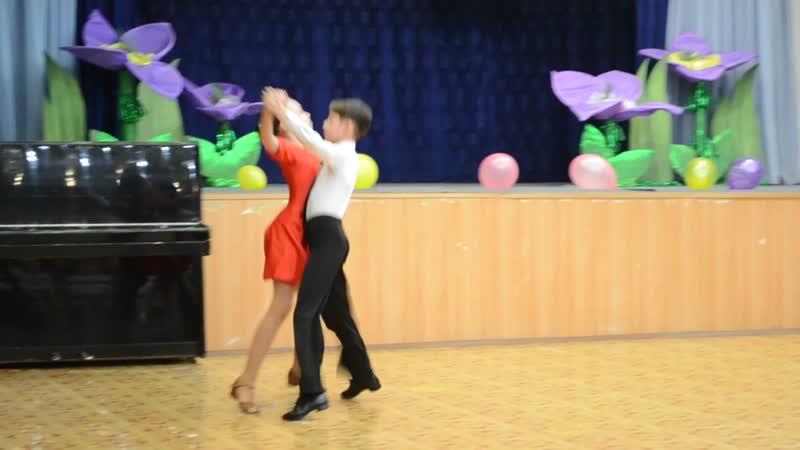 2010 год спортивная программа танца Квикстеп Илья Катя Никита Оля