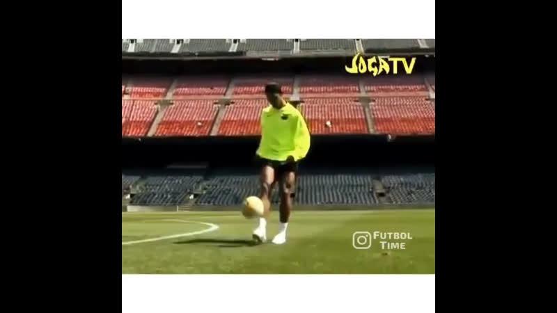 Ronaldinho Joga Bonito TV 2000