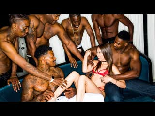 Riley Reid - Girlfriend gangbang at the after party