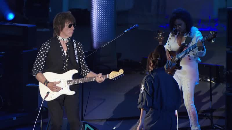Jeff Beck feat Rosie Bones Live in the Dark Live At The Hollywood Bowl 2017