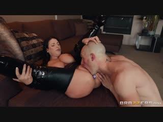 ] Angela White - Busting On The Burglar  [Anal, Ass Worship, Australian, Bald Pussy, Big Ass, Big Natura