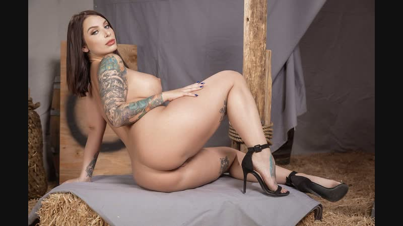 Ivy Lebelle ( Renaissance Fair Fuck) секс