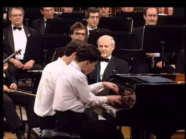 Brahms - Hungarian Dance No. 5 in four hands.