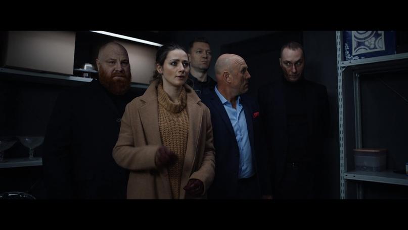 Мимика — один из главных актерских инструментов в «Она злится».