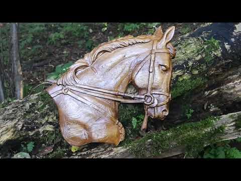 Płaskorzeźba konia