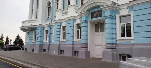Около Приволжского Медицинского университета на Ми...
