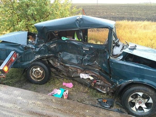 В Самарской области водитель «Лады» вытолкал «семе...
