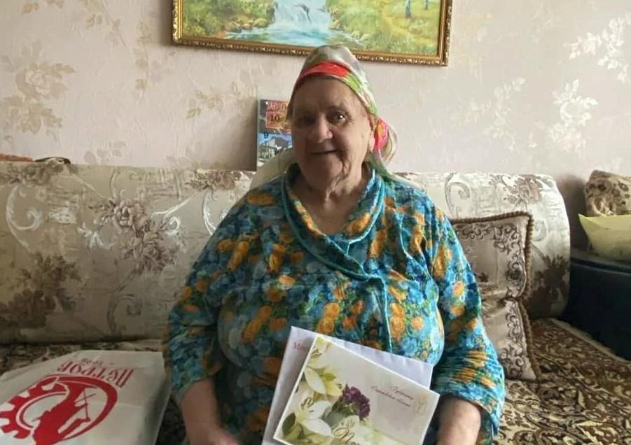 Сегодня 90-летний юбилей отмечает жительница Петровска Евгения Сергеевна КАЛИНИНА