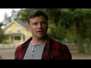 DCTV Crisis on Infinite Earths Crossover - Smallvilles Clark Kent (HD) Tom Welling Scenes
