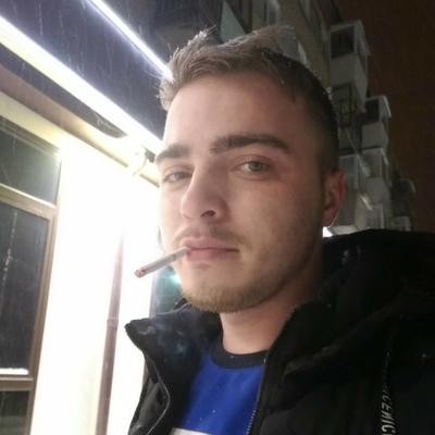 Илья, 24, Zlatoust