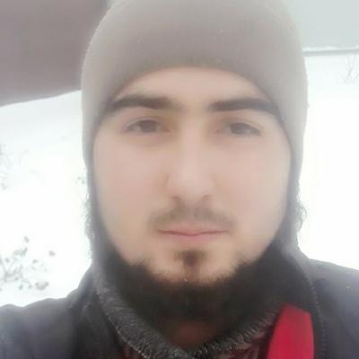 Фарход Махмадиев