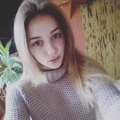 Юлия Вишневская
