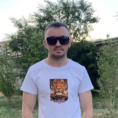 Макс, 27, Orenburg