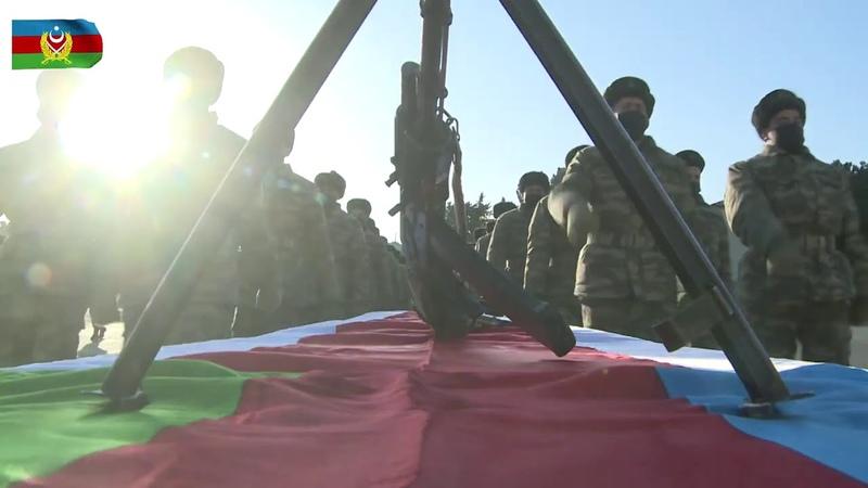 Azerbaycanda yeni askerlerin yemin törenleri düzenlendi