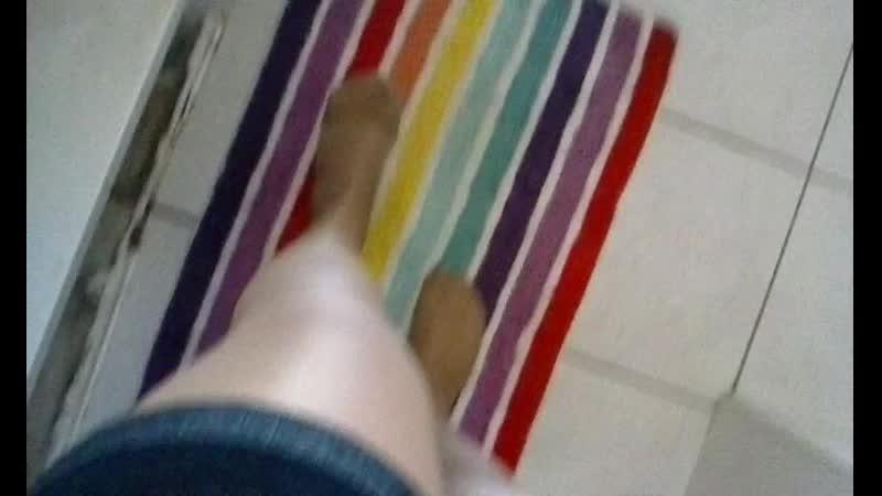 Wet tan pantyhose feet(480P).mp4