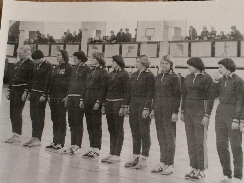 """Команда """"Цветмет"""" 1976 г."""